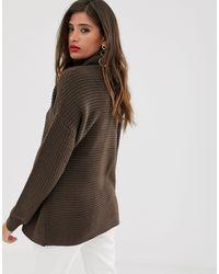 Jersey grueso con cuello vuelto en marrón oscuro Vero Moda de color Brown