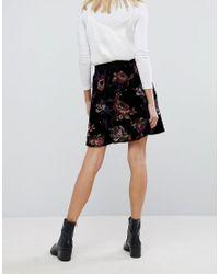 Vero Moda Black Bold Floral Print Mini Skater Skirt