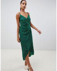 Vestito lungo a portafoglio con spalline sottili e motivo a pois di ASOS in Green