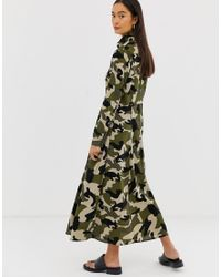 B.Young Green Maxi-Hemdkleid mit Military-Muster