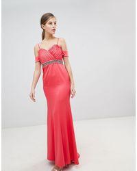 Robe longue à épaules dénudées et taille ornementée Little Mistress en coloris Pink
