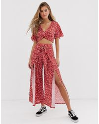 Pull&Bear Red Pacific Ditsy Floral Crop Trousers Co Ord
