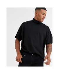 Modelo negro extragrande ASOS de hombre de color Black