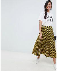 Falda midi plisada a cuadros amarillos ASOS de color Multicolor