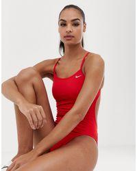 Nike - Maillot 1 pièce à découpes Nike en coloris Red