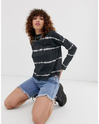 T-shirt oversize a maniche lunghe con stampa tie-dye di Noisy May in Multicolor
