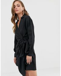 Minivestido cruzado estilo casual con cuello retorcido ASOS de color Black