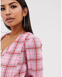 Top de manga larga con escote cruzado y estampado de cuadros de ASOS de color Pink