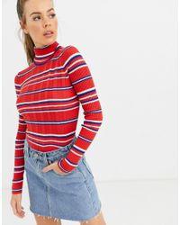 Flor - Maglione con collo alto a righe di Pepe Jeans in Red