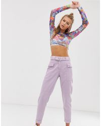 Pantalones cargo con cinturón en lila Bershka de color Purple