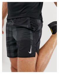 Nike – Challenger – Shorts aus Jacquard mit Print in Gray für Herren