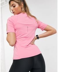 Training Rush T-shirt rosa di Under Armour in Pink