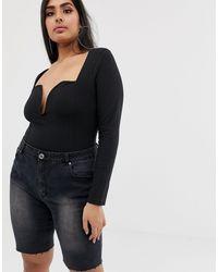 Short en jean long à ourlet brut Liquor N Poker en coloris Black