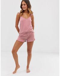 Pigiama rosa medio con maniche con volant di New Look in Pink