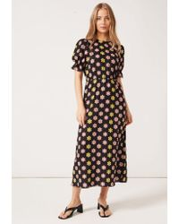 PHOEBE GRACE Tilly Round Necked Midaxi Puff Sleeved Dress Black Daisy