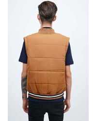Fred Perry Tipped Gilet In Brown for men