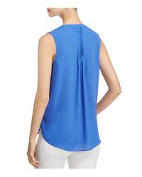 NYDJ | Blue Sleeveless Pleat Back Blouse | Lyst