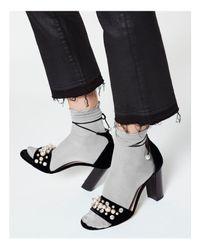 Hue - Gray Luster Ruffle Socks - Lyst