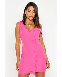 Robe Blazer Asymétrique Sans Manches À Détail Boutonné Boohoo en coloris Pink
