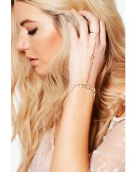 Boohoo - Metallic Ava Diamante Bar Detail Dainty Hand Harness - Lyst
