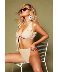 Bikini Noué À Décolleté Plongeant Boutonné - Couleur chair - 36, Couleur Chair Boohoo en coloris Natural