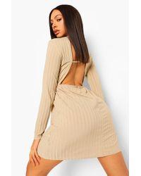 Boohoo Natural Womens Kittelkleid Mit Raffiniertem Rücken