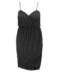 Boohoo - Black Plus Suzie Pleated Wrap Front Midi Dress - Lyst