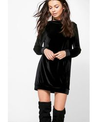 Boohoo Black Petite Shauna Velvet Jumper Dress