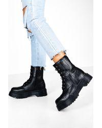 Boohoo Black Womens Gdressing Gown Plateau-Boots In Kroko-Optik
