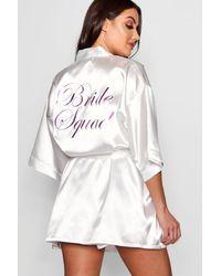 """Bata """"Brides Squad"""" Metalizada Boohoo de color White"""