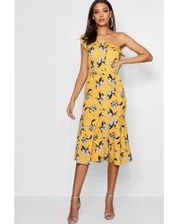 420790fd2287 Boohoo Tall Floral One Shoulder Ruffle Midi Dress in Yellow - Lyst