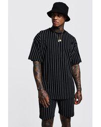 BoohooMAN Black Oversized Man Repeat Print Pinstripe T-shirt for men