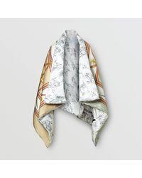 Cape doudoune oversize en satin de soie à imprimé licorne Burberry en coloris Multicolor