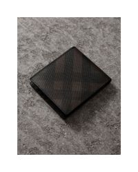 Burberry - Brown London Check International Bifold Wallet Chocolate/black for Men - Lyst