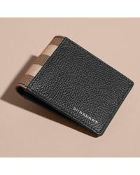 Burberry Leather And House Check Folding Wallet Black for men