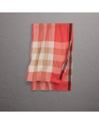 Burberry Multicolor The Lightweight Check Cashmere Scarf