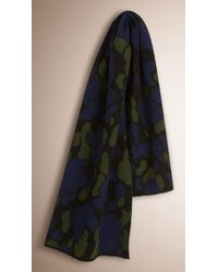 Burberry - Camouflage Jacquard Cashmere Scarf Green Oxide for Men - Lyst