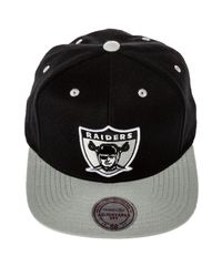 Mitchell & Ness Black The Oakland Raiders Throwback Standard Logo Snapback for men
