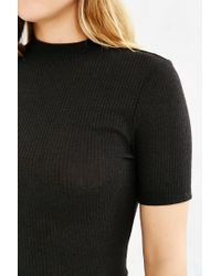 Silence + Noise - Black Addison Mock-neck Cropped Top - Lyst