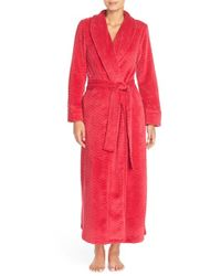 Oscar de la Renta | Red Chevron Plush Robe | Lyst