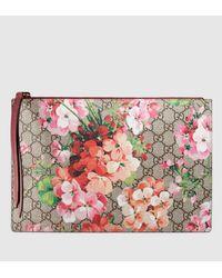 Gucci Multicolor Gg Blooms Pouch