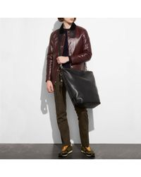 COACH - Black Duffle Bag In Burnished Very Natural Glovetanned Leather - Lyst