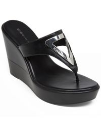BCBGeneration - Black Quiz Wedge Thong Sandals - Lyst