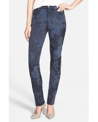 Jen7 | Blue Floral Jacquard Skinny Pants | Lyst