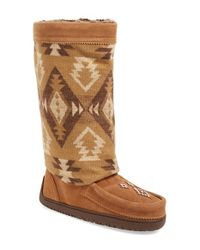 Manitobah Mukluks Brown Wool and Leather Mid-Calf Boots