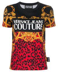 T-shirt di jersey con stampa di Versace Jeans in Multicolor