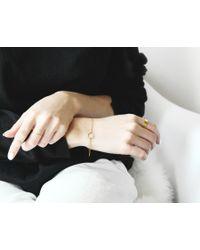 Vrai & Oro | White Circle Bracelet | Lyst