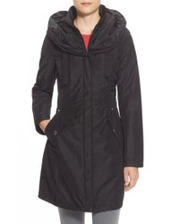 Laundry by Shelli Segal | Black Pillow Collar Raincoat With Detachable Quilted Hooded Bib Insert | Lyst