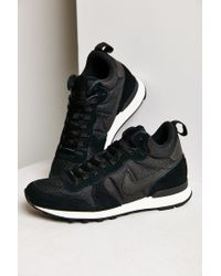 Nike Black Internationalist Mid Sneaker