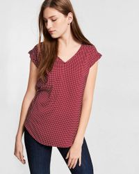 Express Red Dotted V-neck Short Sleeve Tee